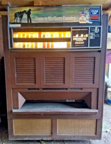 Vintage Cigarette Vending Dispensing Machine with Key Lights Up See Pics GUC