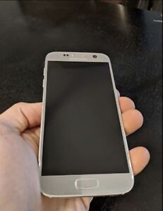 Samsung Galaxy S7 Silver Unlocked Great Condition 5 Months Old