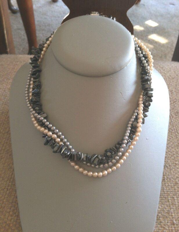Ladies Three Stranded Pearl & Hetite twist around Necklace Beautiful!
