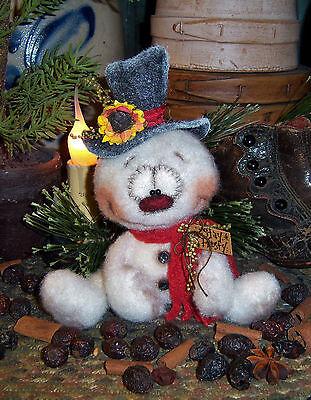 Patti's Ratties Primitive Raggedy Snowman Frosty Doll Paper Pattern #625