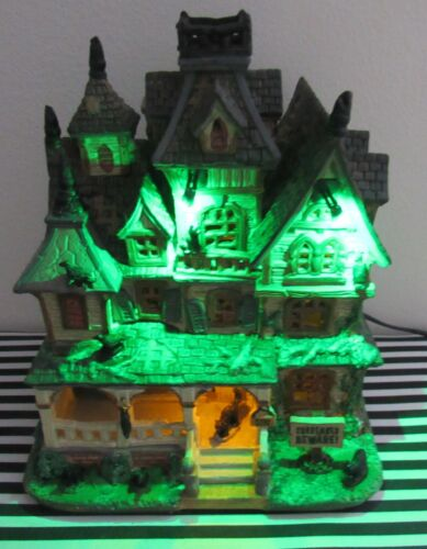 Lemax Spooky Town Haunted Mansion LN In Box Light & Sound