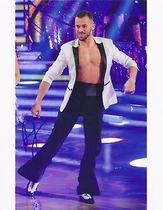 ARTEM CHIGVINTSEV -STRICTLY COME DANCING - SIGNED 8x10 PHOTO - UACC RD AUTOGRAPH