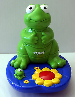 TOMY 2002 - VIBRATING FROG STACKING GAME