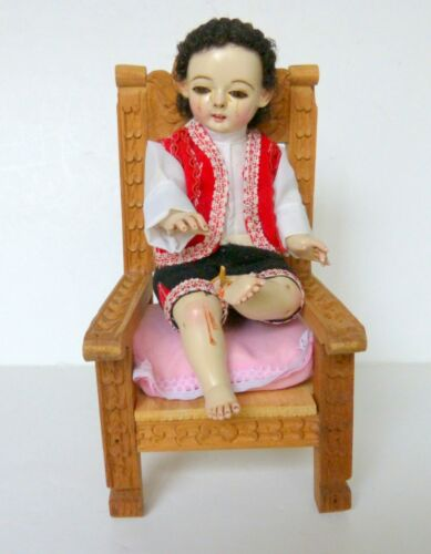 Arte Follana Peru Crying Child Sitting In Chair With Thorn In Foot Figurine