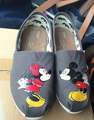 Custom Personalized HandPainted TOMS shoes Hello Kitty Totoro Pets Mickey Minnie