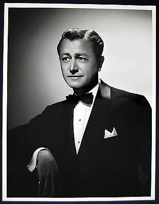 ROBERT YOUNG – BREATHTAKING, ORIGINAL 1945 DELUXE HOLLYWOOD PHOTO – NEAR MINT