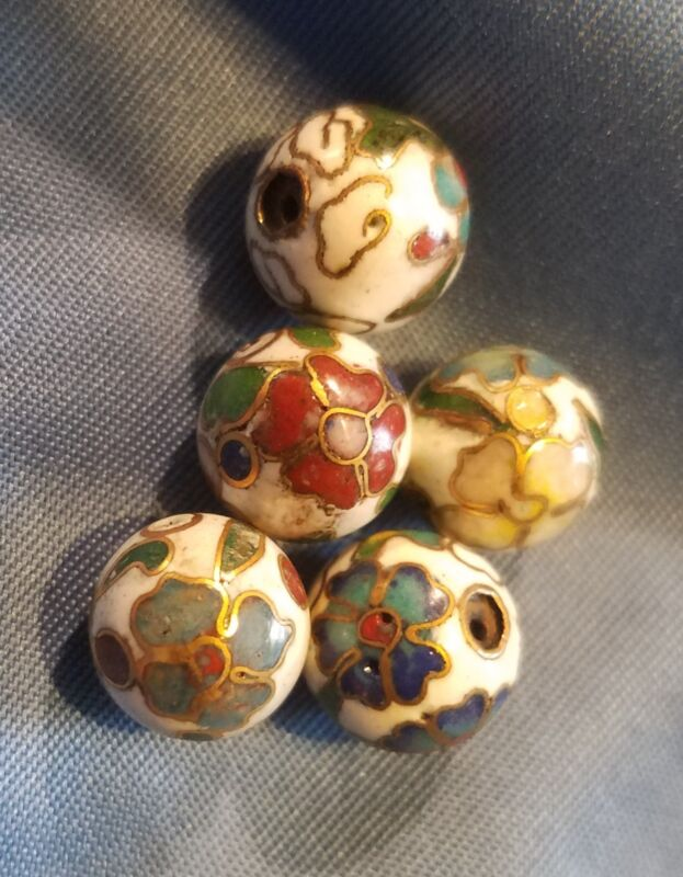 Vintage 10 MM Chinese Cloisonne Beads Round  White w/ Flowers (20 beads)