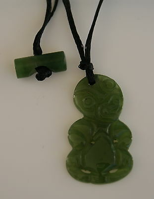 Maori Jade Carving aus Neuseeland    Hei Tiki