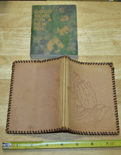 Beautiful antique vintage Hand tooled Leather Bible Cover NICE!!