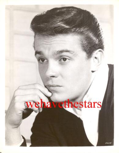 Vintage John Brennen QUITE HANDSOME 50s MGM Publicity Portrait TRAGIC STAR