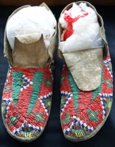 Pr Early 20th Century Sioux Indian Red & Green Beaded Sinew Sewn Hide Moccasins