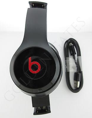 Beats Solo2 2 Wireless by Dr. Dre  Bluetooth On-Ear Headphones - Gloss Black