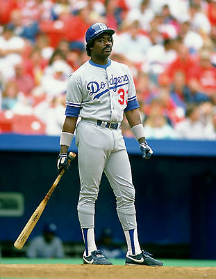 Dodgers Great Eddie Murray At Bat In This Classic 8 X10