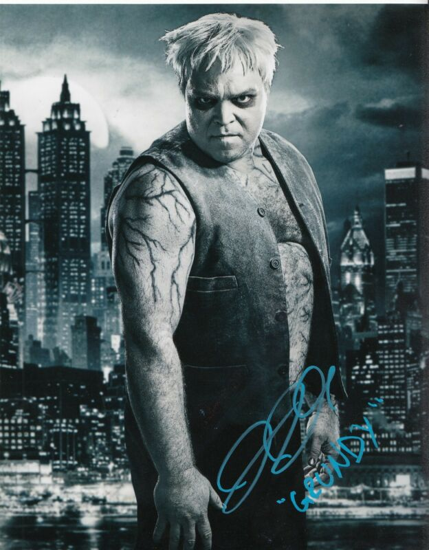 DREW POWELL signed (GOTHAM) Batman 8X10 photo *GRUNDY* BUTCH W/COA #2