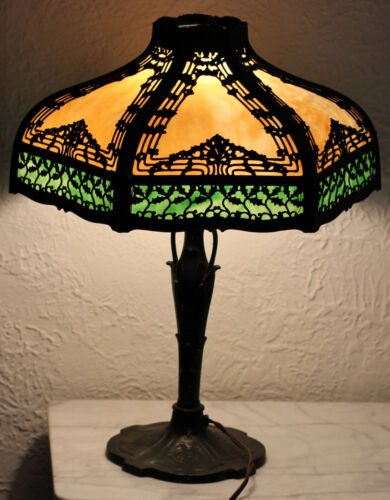 ANTIQUE 12 PANEL BENT SLAG GLASS TABLE LAMP with OVERLAY - HANDEL B&H ERA
