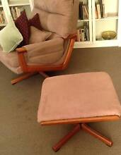 Vintage TESSA T21 Swivel ARMCHAIR & FOOTSTOOL by Fred Lowen Chelsea Kingston Area Preview