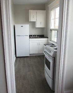1 MONTH FREE! | Newly Renovated | Spacious 3 Bedroom
