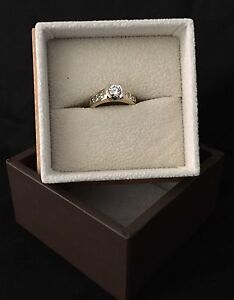 As new, never worn. 18ct Yellow and White Gold Engagement Ring Samford Village Brisbane North West Preview