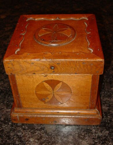 Small antique 19th century marquetry notions/sewing box with buttons----15585