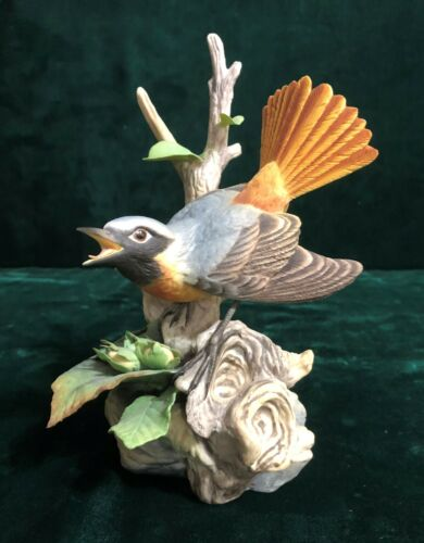 Edward Marshall BOEHM Figurine Redstart with Hazel #200-46 Free Shipping