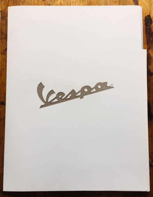 ORIGINAL 2002 Vespa Scooter Press Kit/Portfolio  ET2 ET4 Piaggio USA
