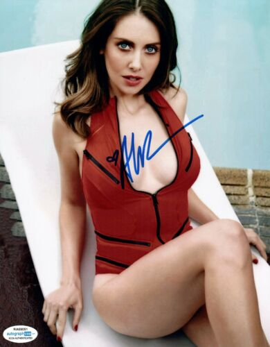 Alison Brie Signed Autographed 8x10 Photo Community Glow Sexy Actress ACOA