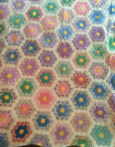 "Antique/Vtg Hand Sewn Patchwork Quilt - Flower Garden, Scalloped Edges 74"" x 92"""