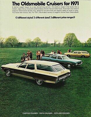 - 1971 Oldsmobile Vista-Cruiser Custom Cruiser Cutlass Cruiser Sales Brochure