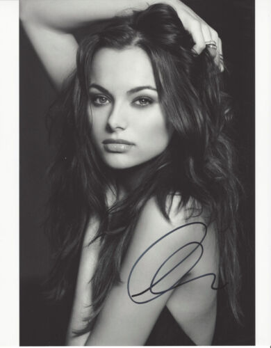 CHRISTINA OCHOA SIGNED AUTHENTIC 'ANIMAL KINGDOM' 8X10 PHOTO B w/COA ACTRESS