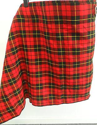 Scottish Kilt - Authentic Hand Made Woven Tartan Red Size 32 - 34 Box72 47 D