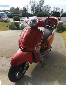 11.000 kms Kymco Like 200 Cremorne North Sydney Area Preview