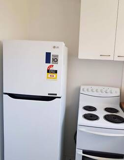 PERFECT SINGLE ROOM (BONUS FAN FOR THIS HOT SUMMER) WITH AFFORDAB