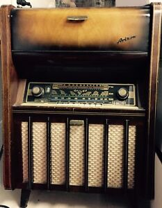 Blaupunkt radio and record player