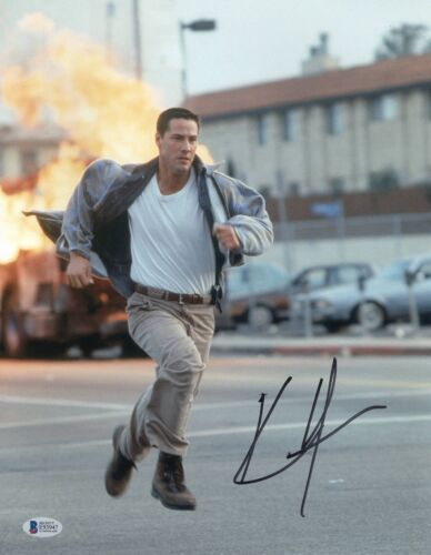 KEANU REEVES SIGNED 11X14 PHOTO 'SPEED' AUTHENTIC AUTOGRAPH BAS BECKETT 34