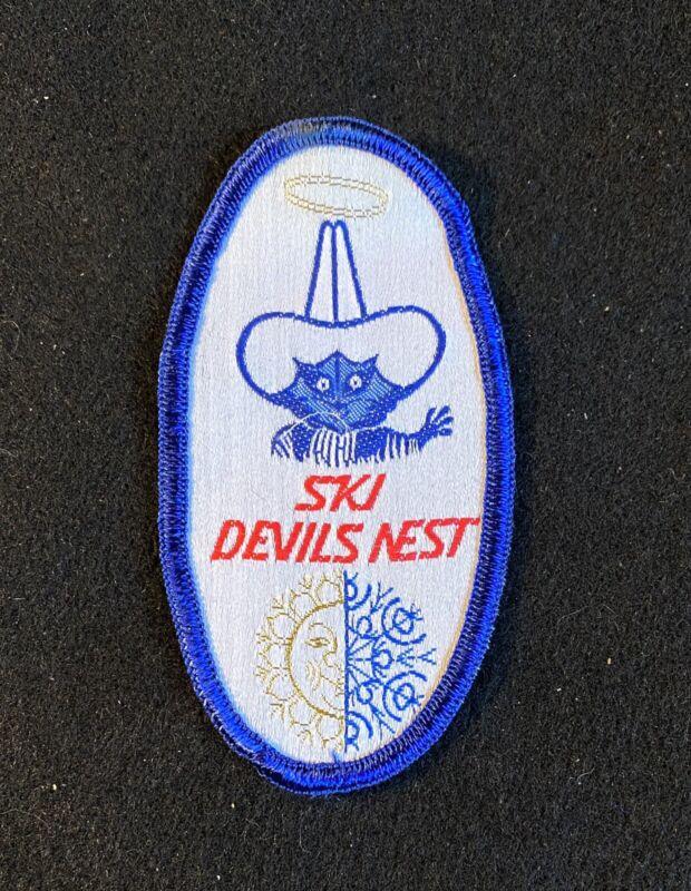 DEVILS NEST Vtg Lost Area 1972-77 NOS Skiing Ski Patch NEBRASKA Souvenir Travel