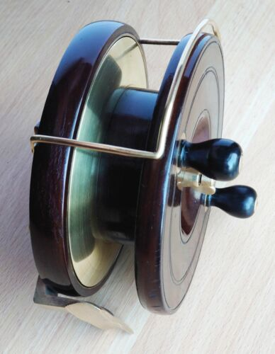 """SUPERB SMITH & WALL MADE 5.5"""" DIAMETER BEST QUALITY STAR BACK WOOD SEA REEL"""
