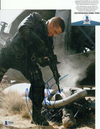 CHRISTIAN BALE signed (TERMINATOR SALVATION) Movie 8X10 photo BECKETT BAS T55008