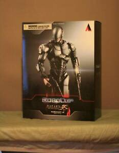 Play Arts Kai RoboCop Version 1.0 Figure SQUARE ENIX