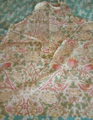 "Vintage 'The Kitchen Works' Cotton Apron ~ William Morris  ""Rose"""