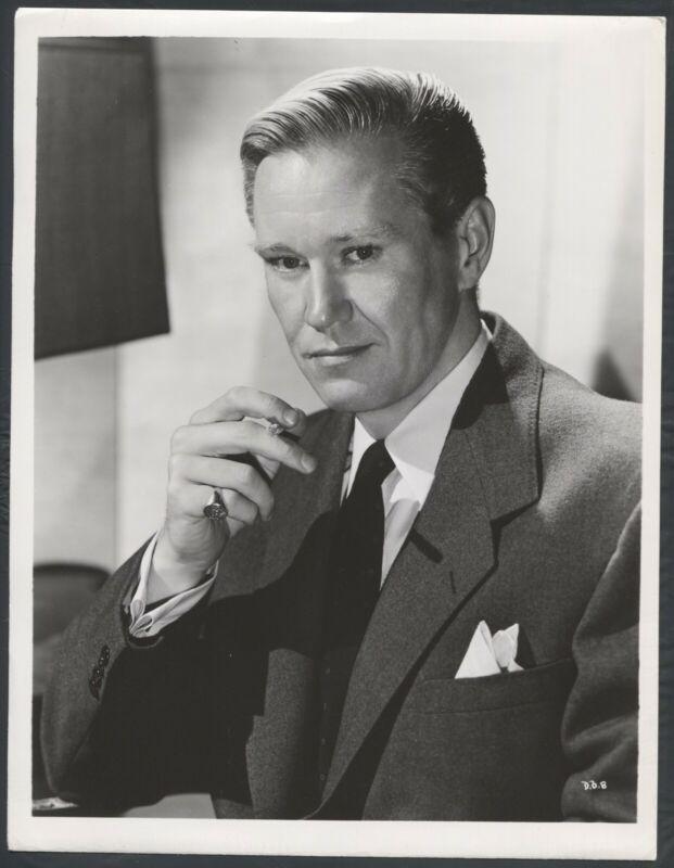 DAVID BRIAN (1940s) SMOKING SIGNET RING