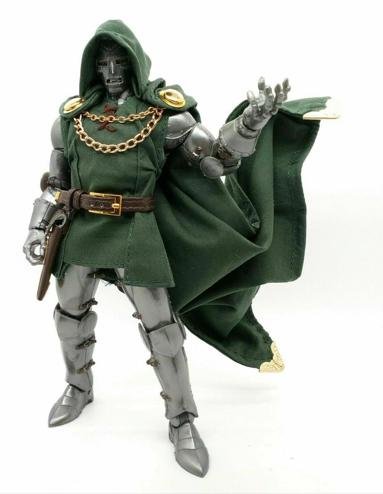 """1//12 Scale Green Wired Cloak Clothing for 6/"""" Figure ML Doctor Victor von Doom"""