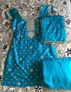 Heavy embroidered Punjabi suit Prospect Prospect Area Preview