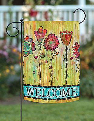 Garden Flags Spring (Toland Welcome Blooms 12.5 x 18 Spring Colorful Flower Garden Flag )