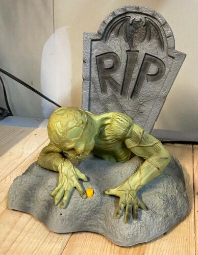 Original 2007 Gemmy DEAD ED Zombie & Grave Sound Lights Animated Halloween Prop