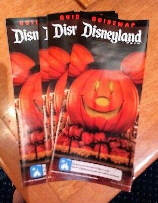 Exclusive Disney 2018 Halloween Program kickoff brochure Pins collectibles - Programming Halloween