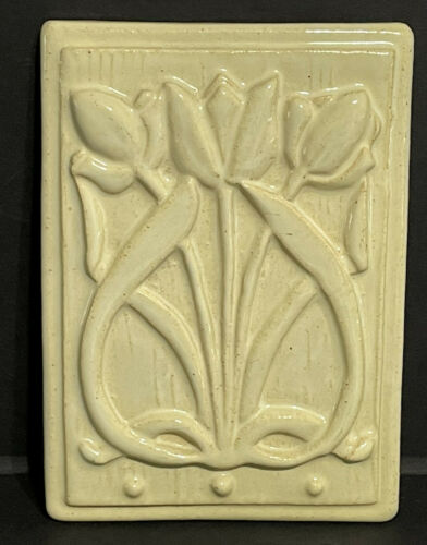 "Tyge Tile Art Arts & Crafts TULIPS Tile 4 1/2"" X 6 1/8"" MICHIGAN"