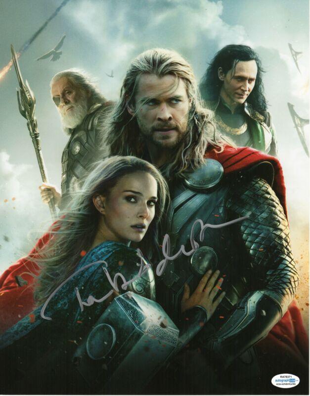Tom Hiddleston Autograph 11x14 Photo Marvel Thor Loki Signed ACOA TH14