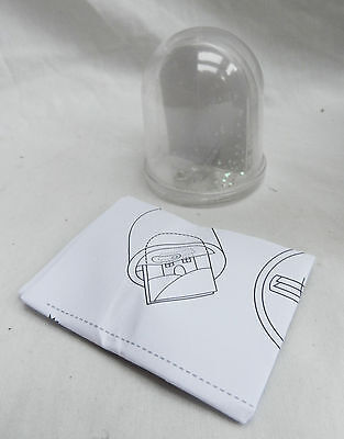 Make Your Own Snow (Make Your Own Snowglobe - Snow Globe for your Own Picture or Photograph -)