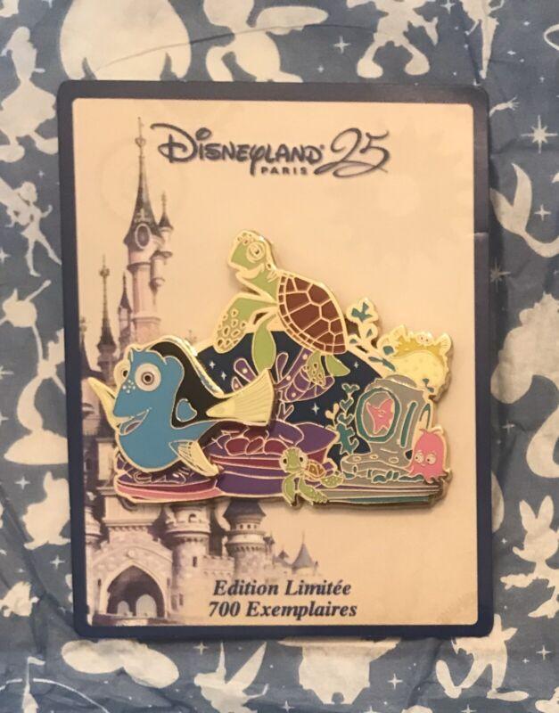 NEW Disney Dory Pin Parade Limited LE Crush Finding Nemo Disneyland Paris DLP