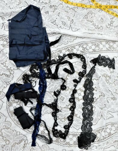 ANTIQUE HANDMADE BLACK VICTORIAN LACE TRIM COLLECTION
